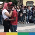 La Spezia: le Sentinelle vegliano, Heidi e Clara si baciano – FOTO