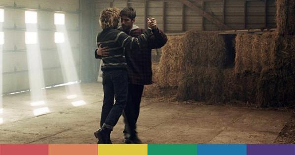 tom  u00e0 la ferme  arriva nelle sale il film sull u0026 39 omofobia