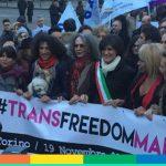 La Trans Freedom March è partita: con le persone trans, contro la violenza – FOTO