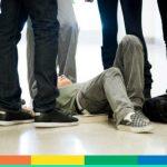 Ancora bullismo omofobico a scuola: bagno di urina per uno studente a Roma