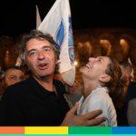 """La crociata contro il """"gender"""" del neo sindaco di Verona passa per la censura dei libri"""