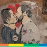 Roma: bacio tra Di Maio e Salvini in un murales
