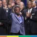 Lori Lightfoot ha prestato giuramento. Prima sindaca lesbica e nera di Chicago