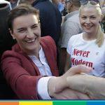 Belgrado Pride, qualche tensione. Sfila anche Ana Brnabic