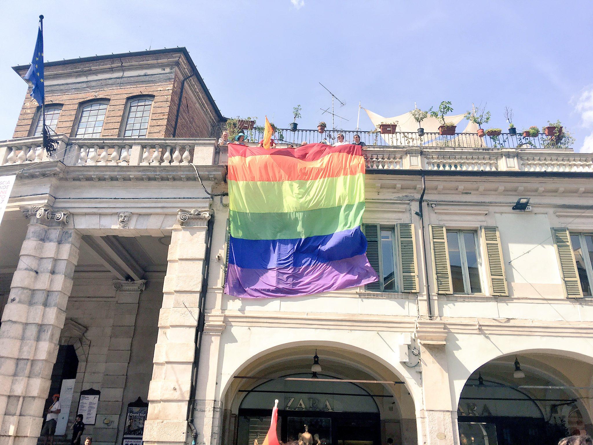 gay cerca gay brescia video piedi gay
